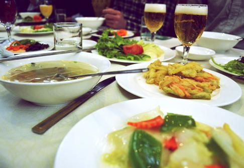 food-rainbow-restaurant-dinner