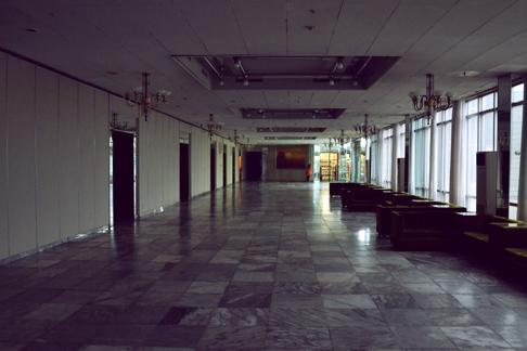 hotel-dark-hallways