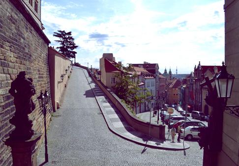 arch-prague-castle-hill