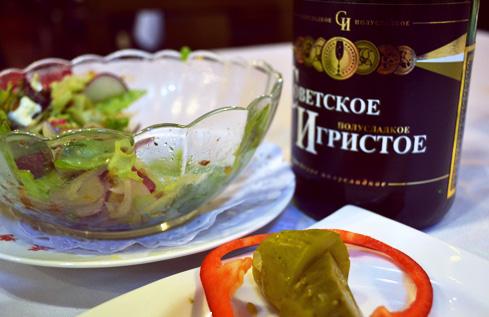 beijing-china-travel-blog-weird-restaurants-kiev-2